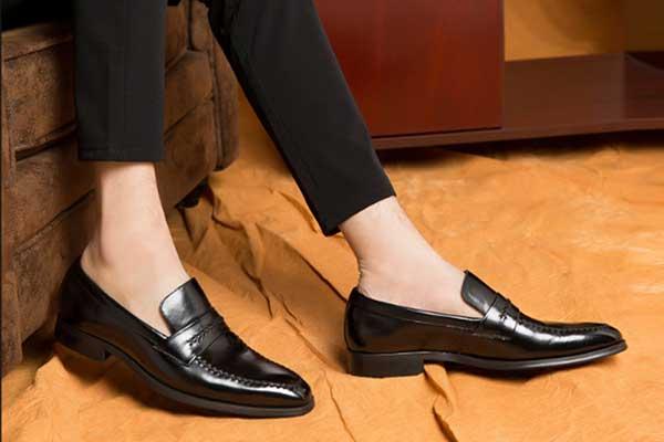 Chọn giày tây nam giá rẻ tphcm