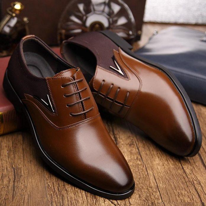 Quý ông luôn biết chọn shop giày đẹp