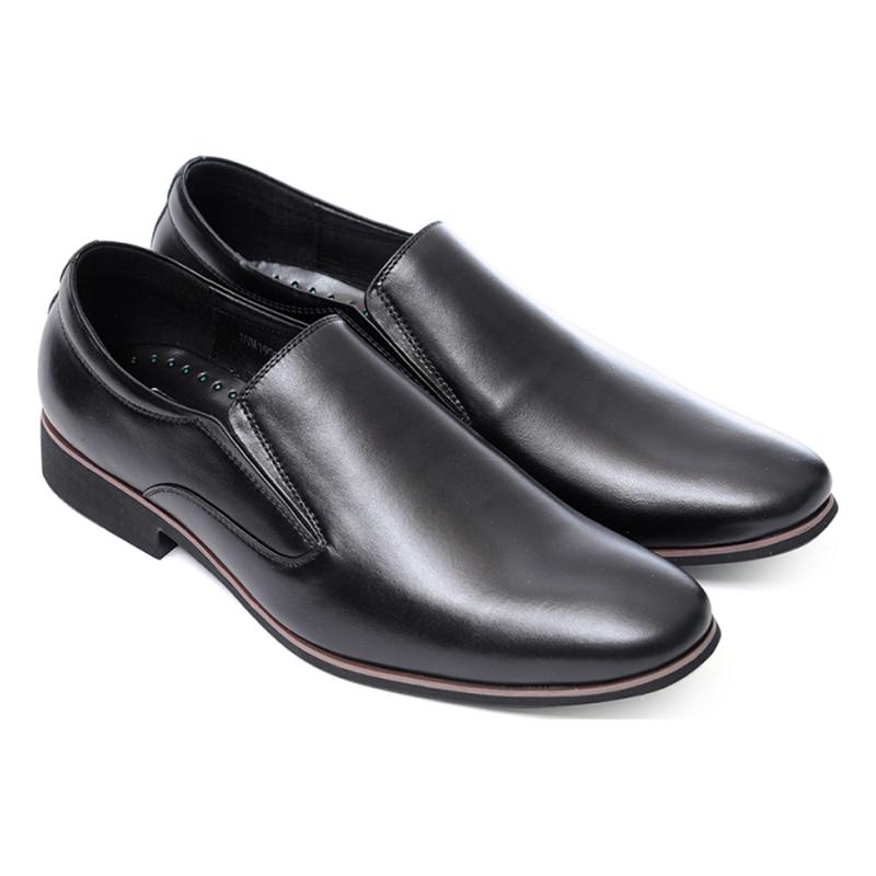 Hoàn thiện một đôi giày sang trọng