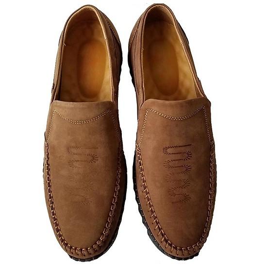 Phân biệt giày da bò thật và giả dựa vào mức giá của sản phẩm
