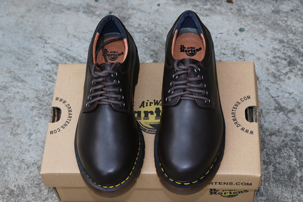 Giày Dr Martens nam cổ thấp 8053 Thái Lan màu nâu trơn chất lượng